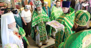 Божественная литургия в храме прп. Антония и Феодосия Киево-Печерских