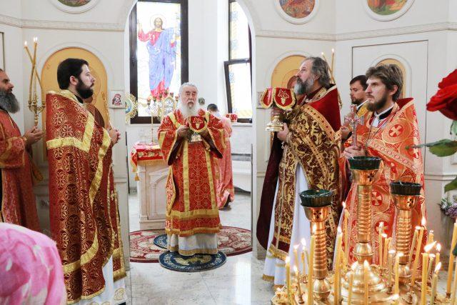 Божественная литургия в храме святого Иоанна Крестителя