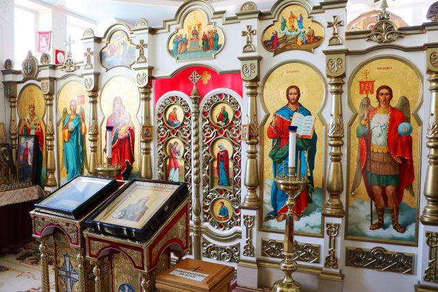 храм священномученика Иринея Лионского