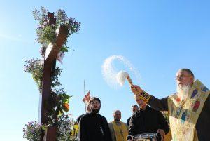 Днепропетровский Архипастырь совершил чин на основание церкви