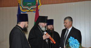 Архиепископ Евлогий поздравил новоназначенного главу Новомосковской райгосадминистрации