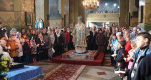 В кафедральном соборе почтили образ Казанской иконы Божией Матери