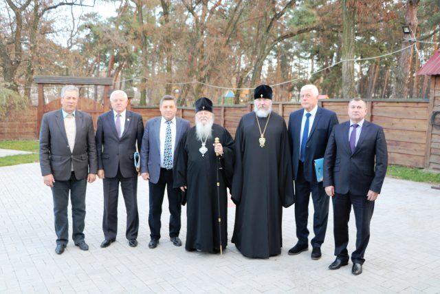 Епископат Днепропетровской епархии поздравили Александра Андриенко с жизненным юбилеем