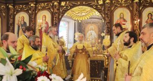 Община Иоанно-Златоустовского храма микрорайона «Золотые ключи» молитвенно отметила престольное торжество
