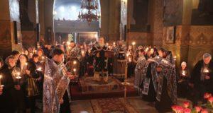 Митрополит Ириней совершил чтение первой Пассии в Великом посту 2019 года