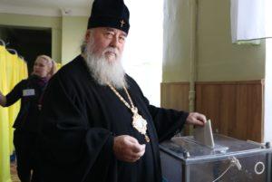 Митрополит Ириней принял участие в выборах Президента Украины