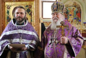 Митрополит Ириней посетил больничный храм при Днепропетровском областном онкологическом диспансере