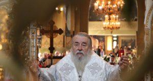 В Великую субботу митрополит Ириней совершил уставные богослужения в Свято-Троицком кафедральном соборе г. Днепра