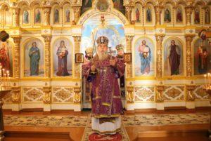 Днепропетровский Архипастырь посетил Свято-Николаевский Самарский монастырь