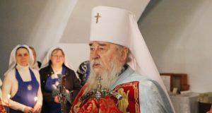 В среду Светлой седмицы митрополит Ириней посетил Свято-Успенский кафедральный собор г. Днепра