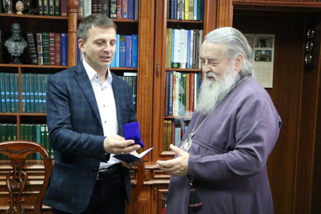 Митрополит Ириней награжден нагрудным знаком «ЗА РОЗВИТОК ДУХОВНОСТІ»