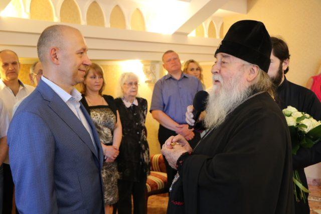 Днепропетровский архипастырь поздравил Олега Варун с жизненным юбилеем