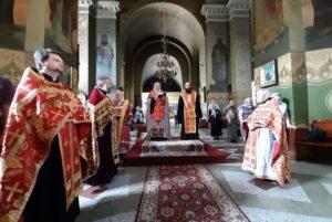 В день ангела Святейшего Патриарха Кирилла иерархи Днепропетровской епархии совершили благодарственный молебен