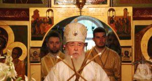 В Неделю Всех святых митрополит Ириней посетил храм на ж/м Победа