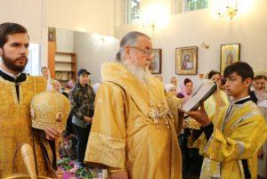 Митрополит Ириней посетил церковную общину в честь пророка Божия Илии на ж/м Мирный г. Днепра