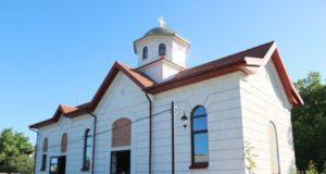 В Неделю 8-ю по Пятидесятнице митрополит Ириней посетил храм Воскресения Христова в с. Александровка Днепровского района