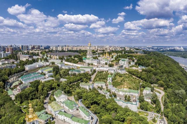 В День независимости во всех храмах и монастырях УПЦ будут молиться за Украину
