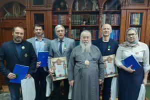 Митрополит Ириней наградил персонал учебного симуляционно-клинического центра стоматологии ГУ «ДМА»
