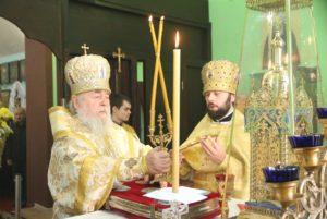 Архипастырский визит в Свято-Троицкий храм с. Баловка Днепровского района