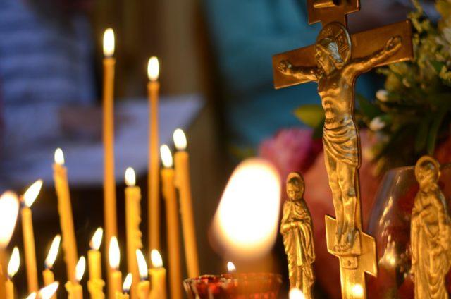 В Димитриевскую родительскую поминальную субботу митрополит Ириней совершил Литургию в Свято-Троицком кафедральном соборе г. Днепра