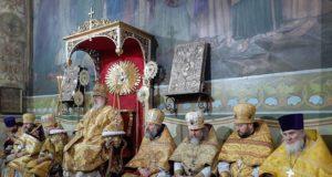 В день памяти апостола Андрея Первозванного главный храм города празднует престольный день соборного придела