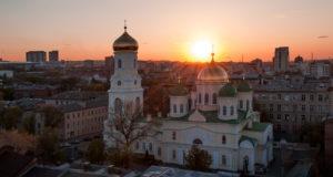 В Неделю 19-ю по Пятидесятнице митрополит Ириней совершил Литургию в Свято-Троицком кафедральном соборе г. Днепра