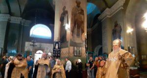 Накануне Недели митрополит Ириней совершил всенощное бдение в главном соборе Днепра