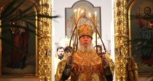 Митрополит Ириней совершил Божественную литургию в Тихвинской обители