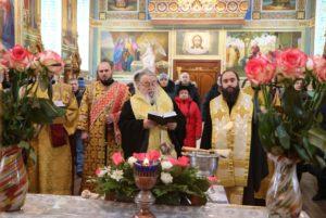 Иерархи Днепропетровской епархии освятили колокола для звонницы Благовещенского храма г. Днепра